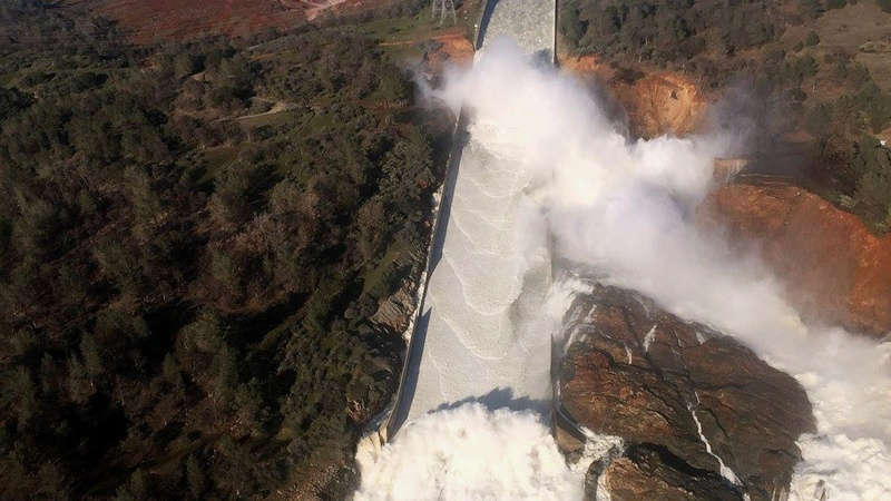 California fights to contain America's tallest dam