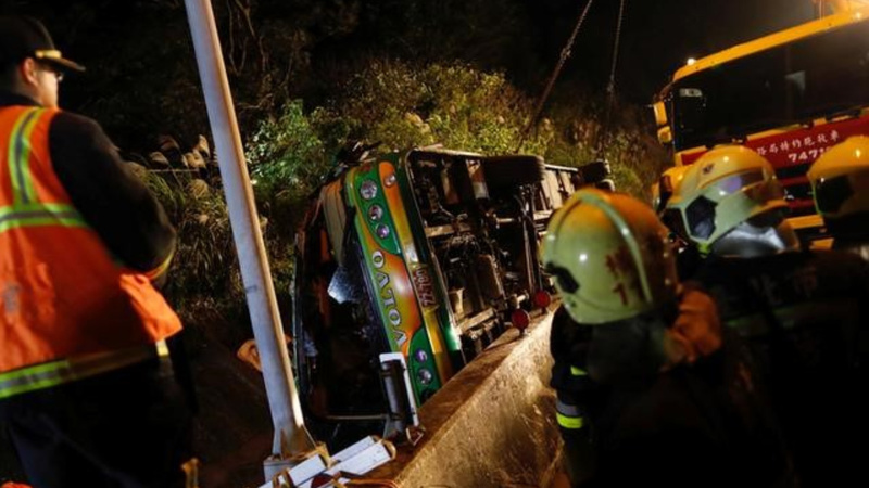 Dozens dead in Taiwan tour bus crash