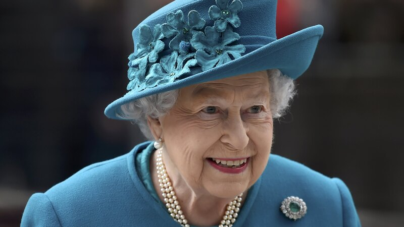 Queen opens cyber security centre