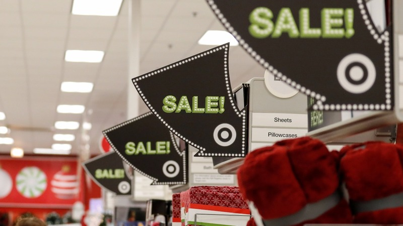 Retail CEOs draw battle lines over border tax