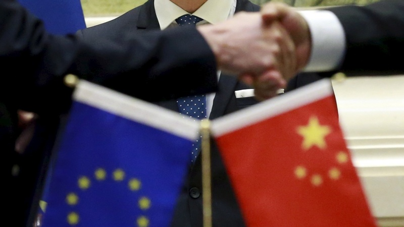 Early EU/China summit plans in message to Trump