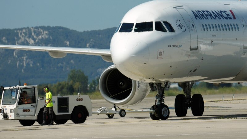 Air France profits up, promises cost cutting