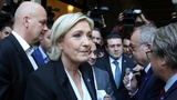 Le Pen refuses to wear headscarf at Lebanon meet