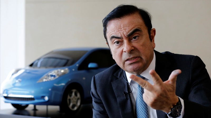 Nissan's Carlos Ghosn gives up CEO role