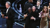 Reaction to Oscars Best Picture gaffe