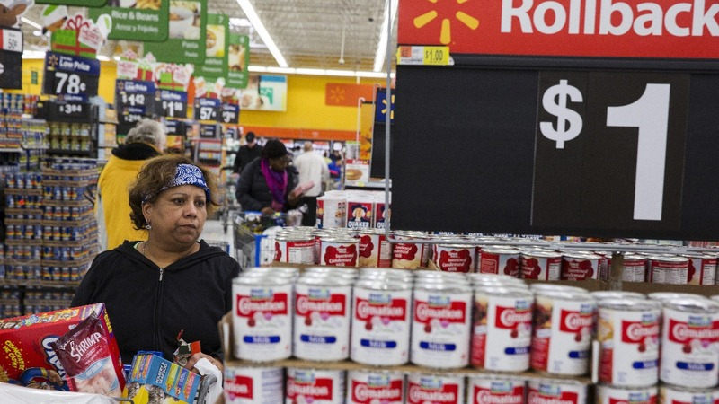 Exclusive: Wal-Mart wages price war with grocery rivals