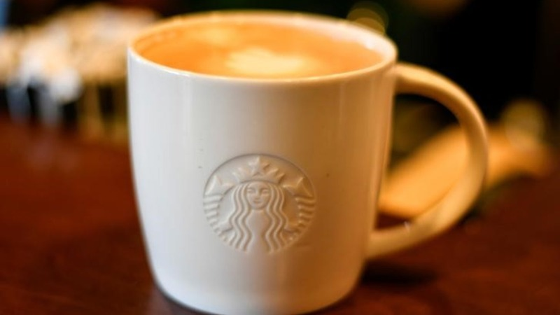 Starbucks bets on 'Roastery' for Italy debut