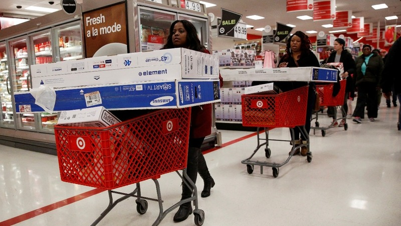 Target sharpens aim at Amazon, Wal-Mart
