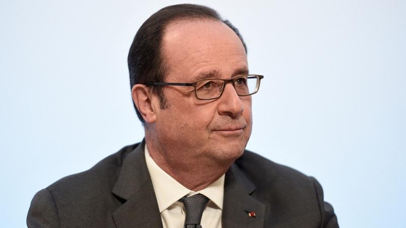 Police sniper misfires at Hollande speech