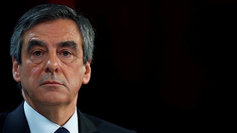 Fillon vows to fight on despite probe