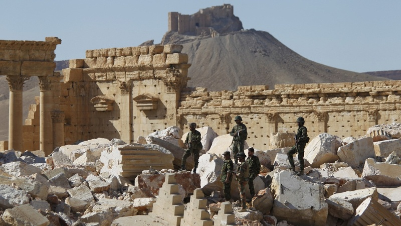 Syrian army battles to retake Palmyra