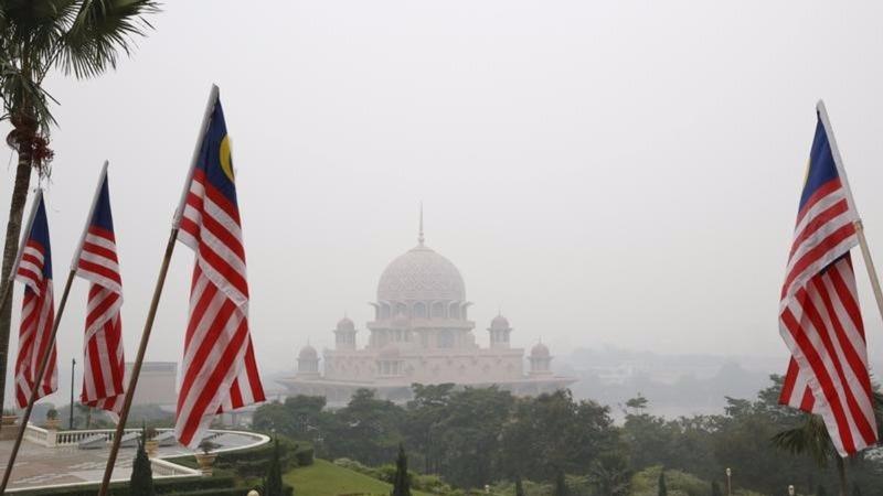 Malaysia scraps visa-free travel for North Koreans