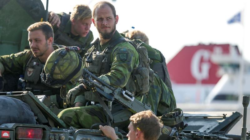 Sweden to reintroduce military conscription