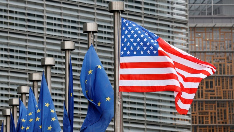 EU raises stakes in U.S. visa war