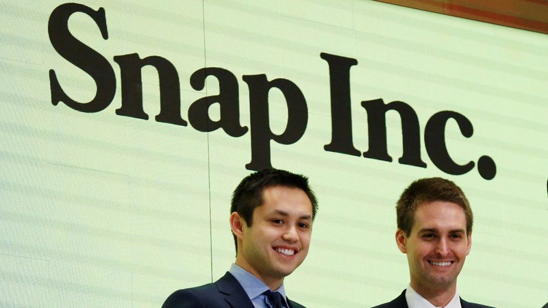 Snap surges 44 percent in dazzling market debut