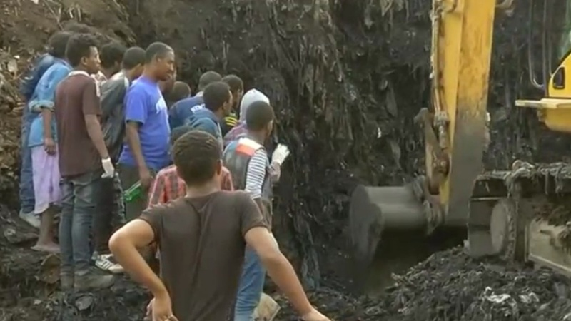 Garbage dump landslide kills dozens in Ethiopia