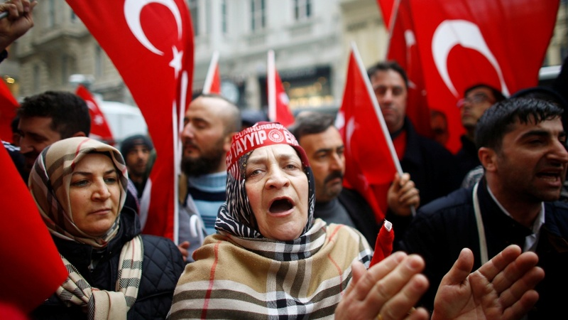 Turkey threatens sanctions as Dutch poll looms