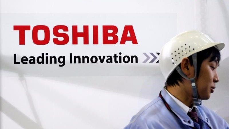 Troubled Toshiba looks to a future beyond chips