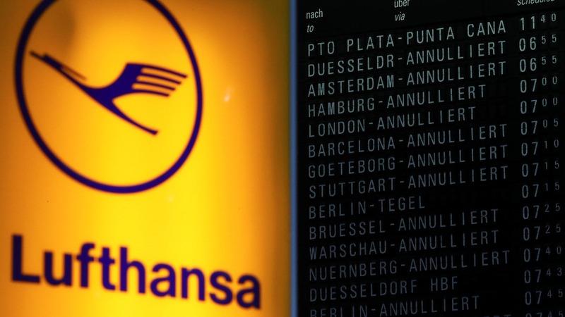 Lufthansa forecasts 2017 profit fall