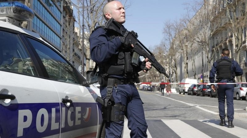 'Homemade device' explodes at IMF's Paris HQ