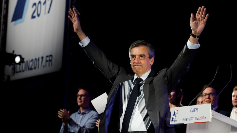 Majority of French voters want Fillon out
