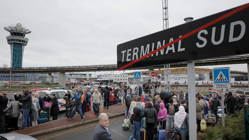 Man shot dead after incident at Paris airport