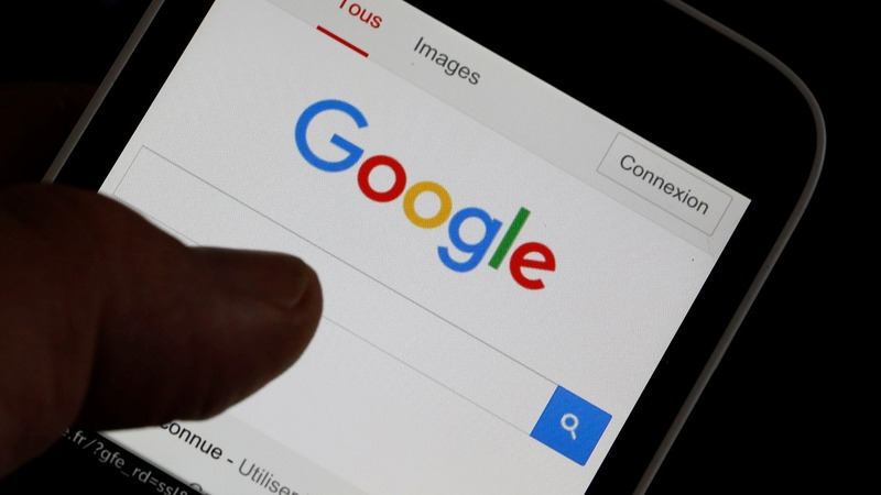 Google apologises over YouTube ad placements