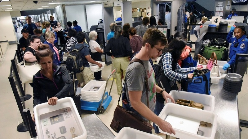 U.S. to forbid certain electronics in air travel