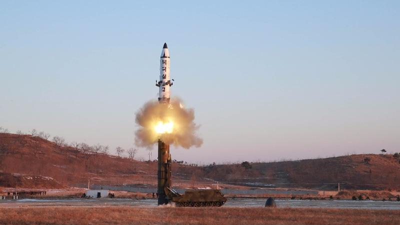 North Korean missile launch 'fails'