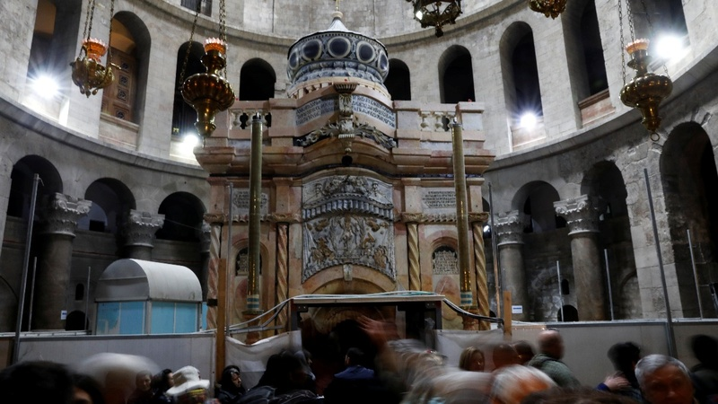 The tomb of Jesus reopens after restoration