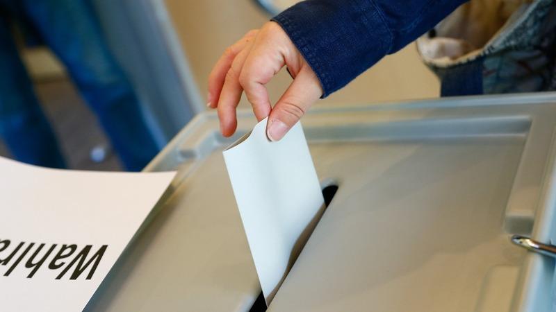 Saarland vote is big test for Germany's Merkel