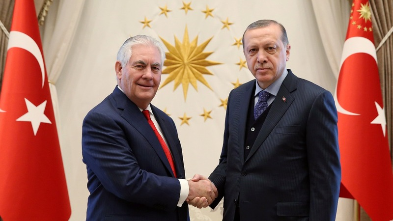 U.S. and Turkey hold delicate talks on IS