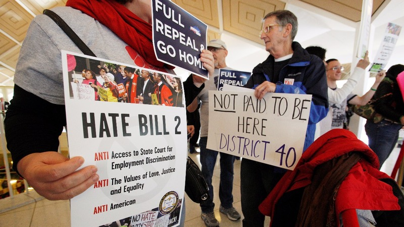 North Carolina reaches deal to repeal 'bathroom bill'