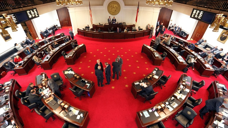 North Carolina lawmakers replace 'bathroom law'