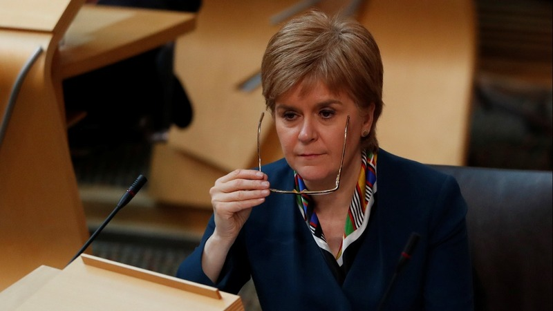Sturgeon signs letter demanding independence vote