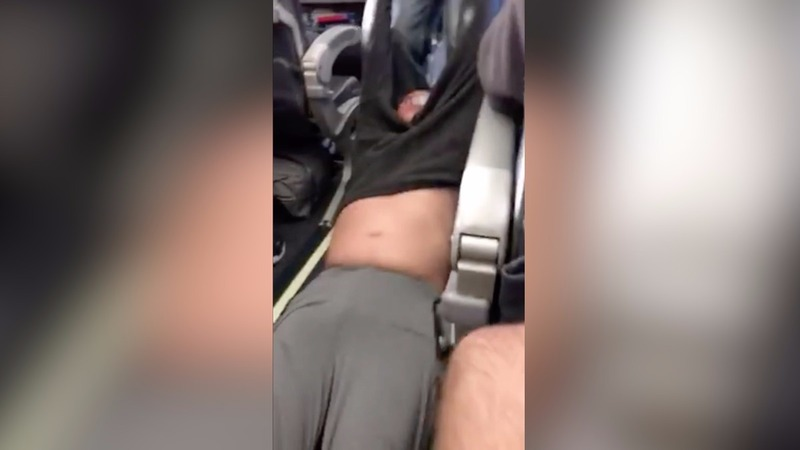Violent removal of United passenger draws outrage