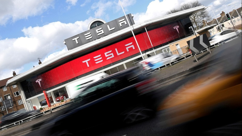 Tesla becomes most valuable U.S. auto maker