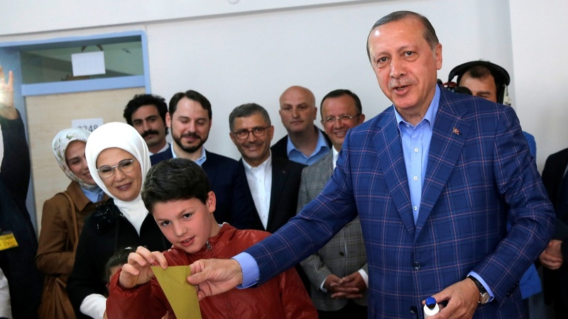 Polls open in Turkey for crucial referendum