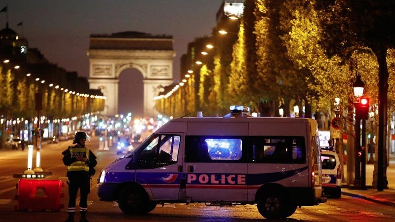 Paris cop shooting shuts down the Champs-Elysées