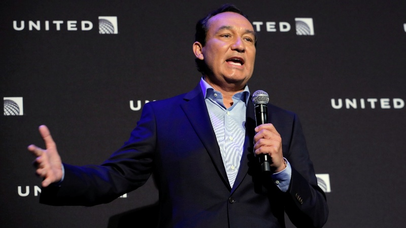 Passenger dragging costs United CEO future chairman job