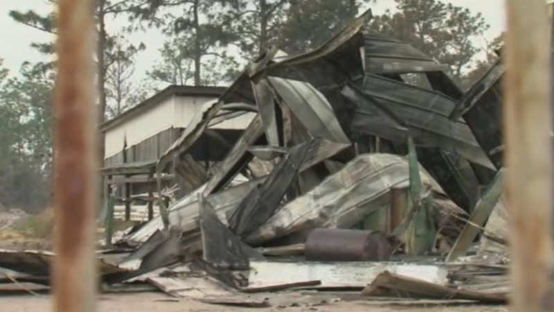 FL residents grapple with destruction from wildfires