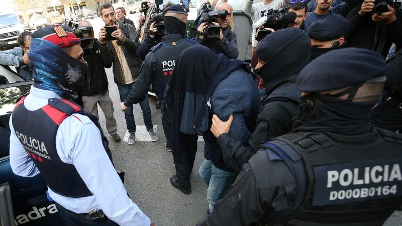 Spanish police arrest 8 on terror plot suspicion