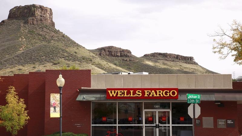 Wells Fargo board gets black eye in shareholder vote