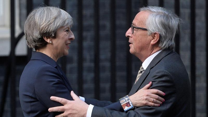 UK asks for a 'deep relationship' over dinner