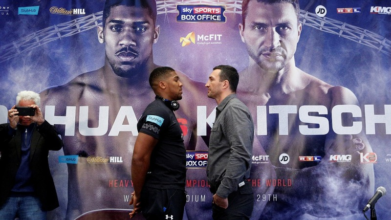 Heavyweight fighters' final face off before bout
