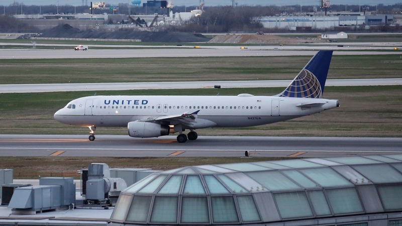 United pulls out $10K for your seat