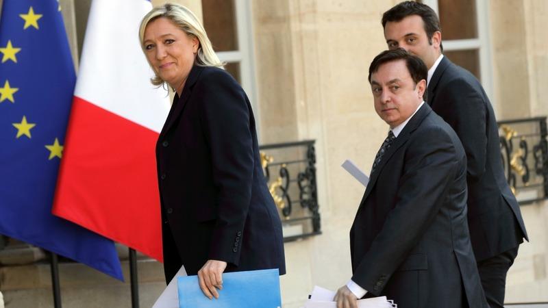 Holocaust controversy haunts Le Pen's campaign