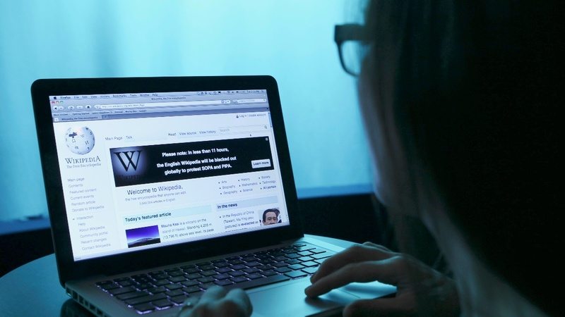 Monitor group: Turkey blocks access to Wikipedia