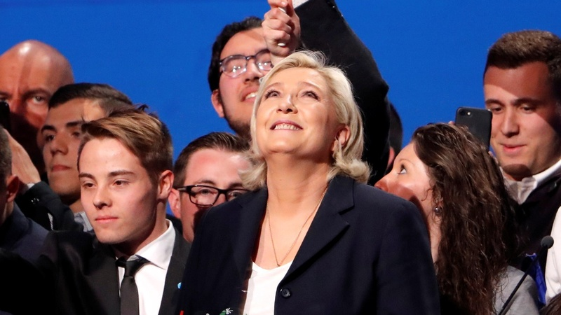 Marine Le Pen is gaining on Emmanuel Macron
