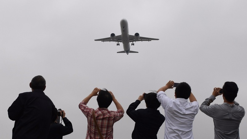 China's home-grown jet takes its first flight